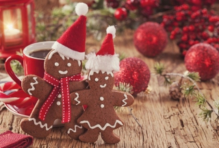 Christmas Gingerbreads Wallpaper for Android, iPhone and iPad