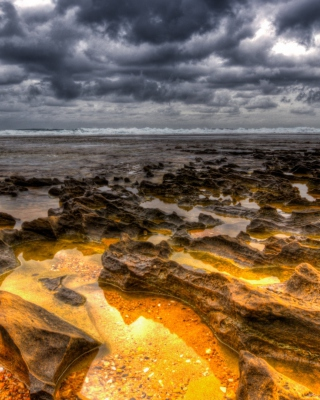 Hdr Dark Clouds And Gold Sand - Obrázkek zdarma pro 240x320