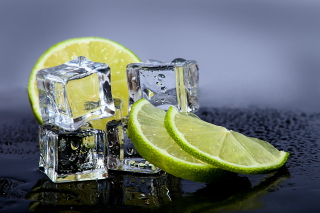 Lime With Ice Picture for Android, iPhone and iPad
