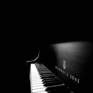 Steinway Piano Wallpaper for 1024x1024