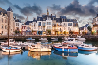 Le Croisic in Brittany France Background for Android, iPhone and iPad