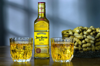 Tequila Jose Cuervo Especial Gold Background for Android 2560x1600