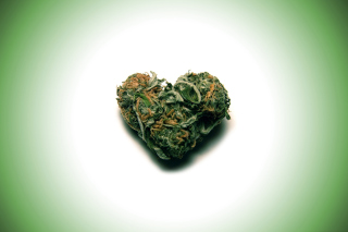 Weed Heart Background for Desktop 1280x720 HDTV
