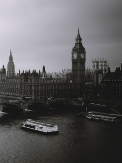 Screenshot №1 pro téma London City Black And White 240x320