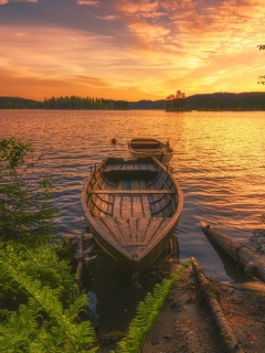 Screenshot №1 pro téma Breathtaking Lake Sunset 240x320