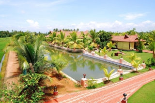 Alleppey or Alappuzha city in the southern Indian state of Kerala Background for Android, iPhone and iPad