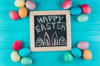 Easter Blue Background Wallpaper for 960x800