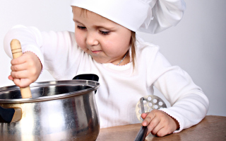 Young Chef sfondi gratuiti per cellulari Android, iPhone, iPad e desktop