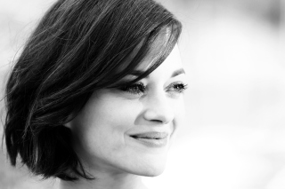 Free Marion Cotillard Black And White Portrait Picture for Android, iPhone and iPad