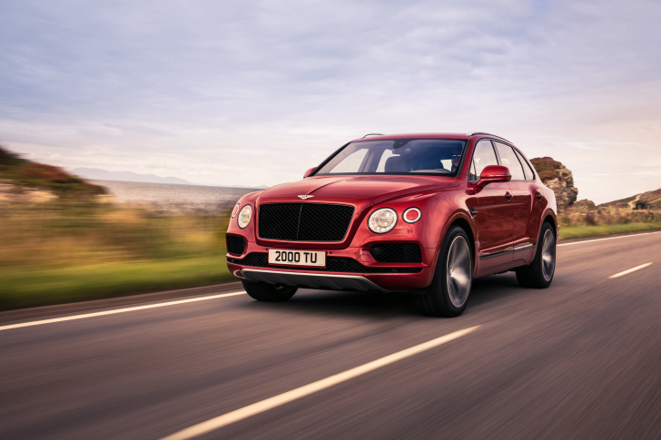 Bentley Bentayga Luxury V8 SUV wallpaper