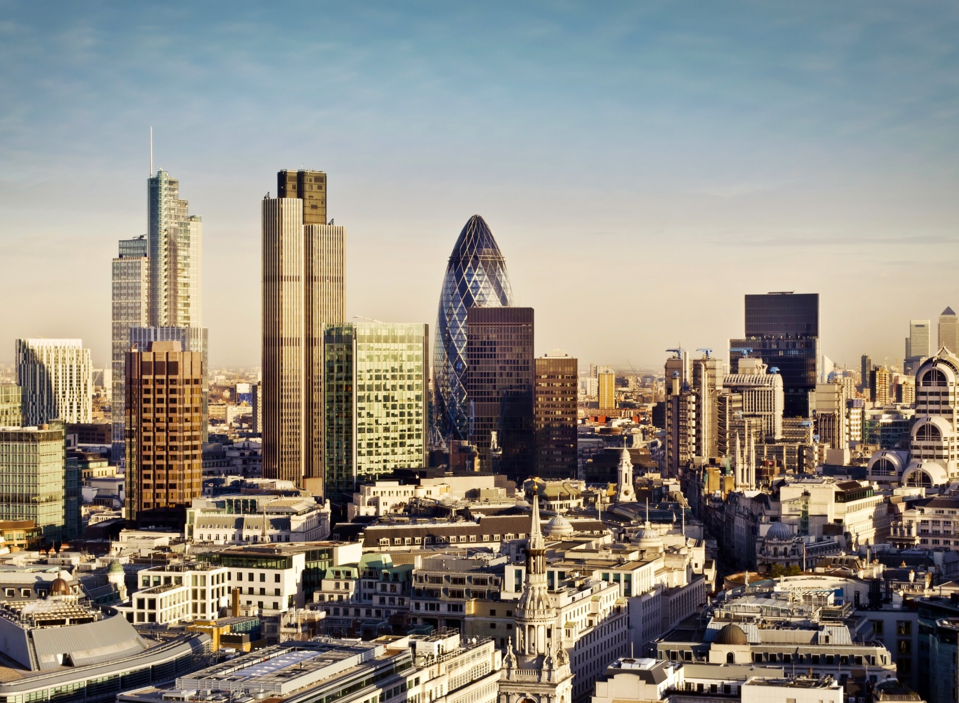 Screenshot №1 pro téma London Skyscraper District with 30 St Mary Axe 1920x1408