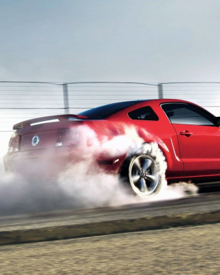 Free Ford Mustang Picture for 480x800