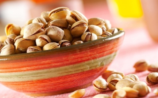 Free Pistachio Picture for HTC Desire HD