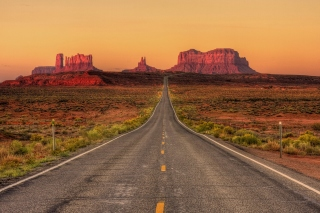 Monument Valley in Arizona Wallpaper for Nokia XL