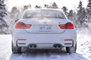 BMW M4 Picture for Android, iPhone and iPad