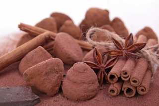 Free Cinnamon Truffles Picture for Android, iPhone and iPad