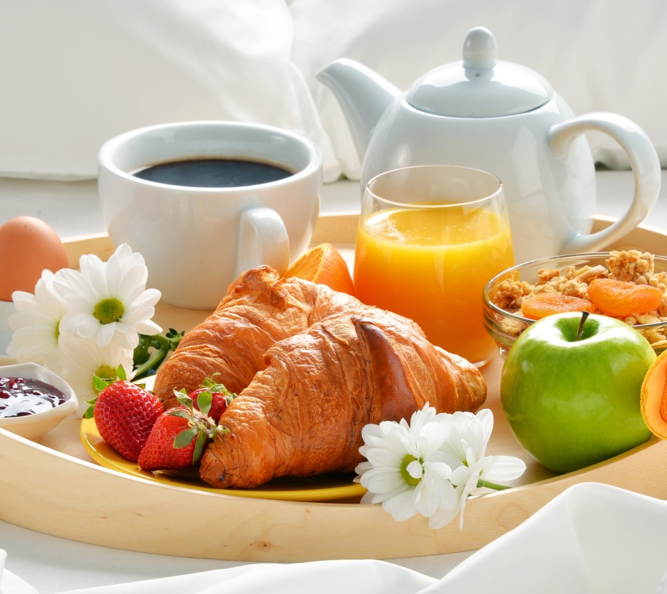 Breakfast with croissant and musli wallpaper 960x854