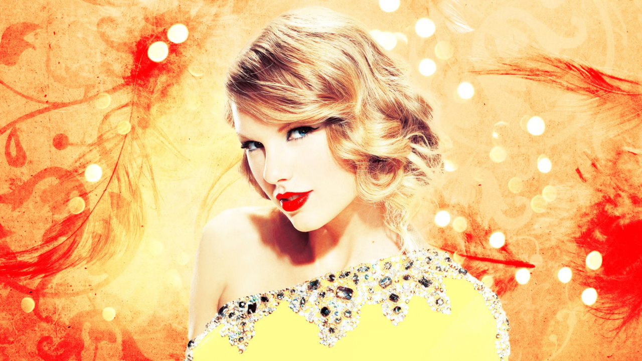 Taylor Swift In Sparkling Dress