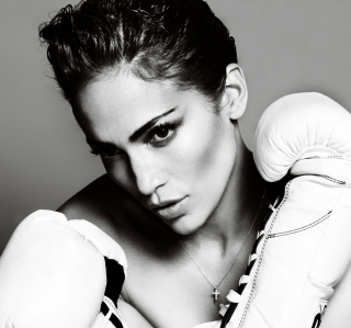 Free Jennifer Lopez Boxing Picture for iPad Air
