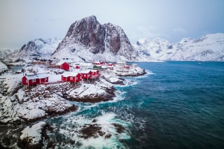 Free Lofoten Islands Picture for Samsung Galaxy Ace 3
