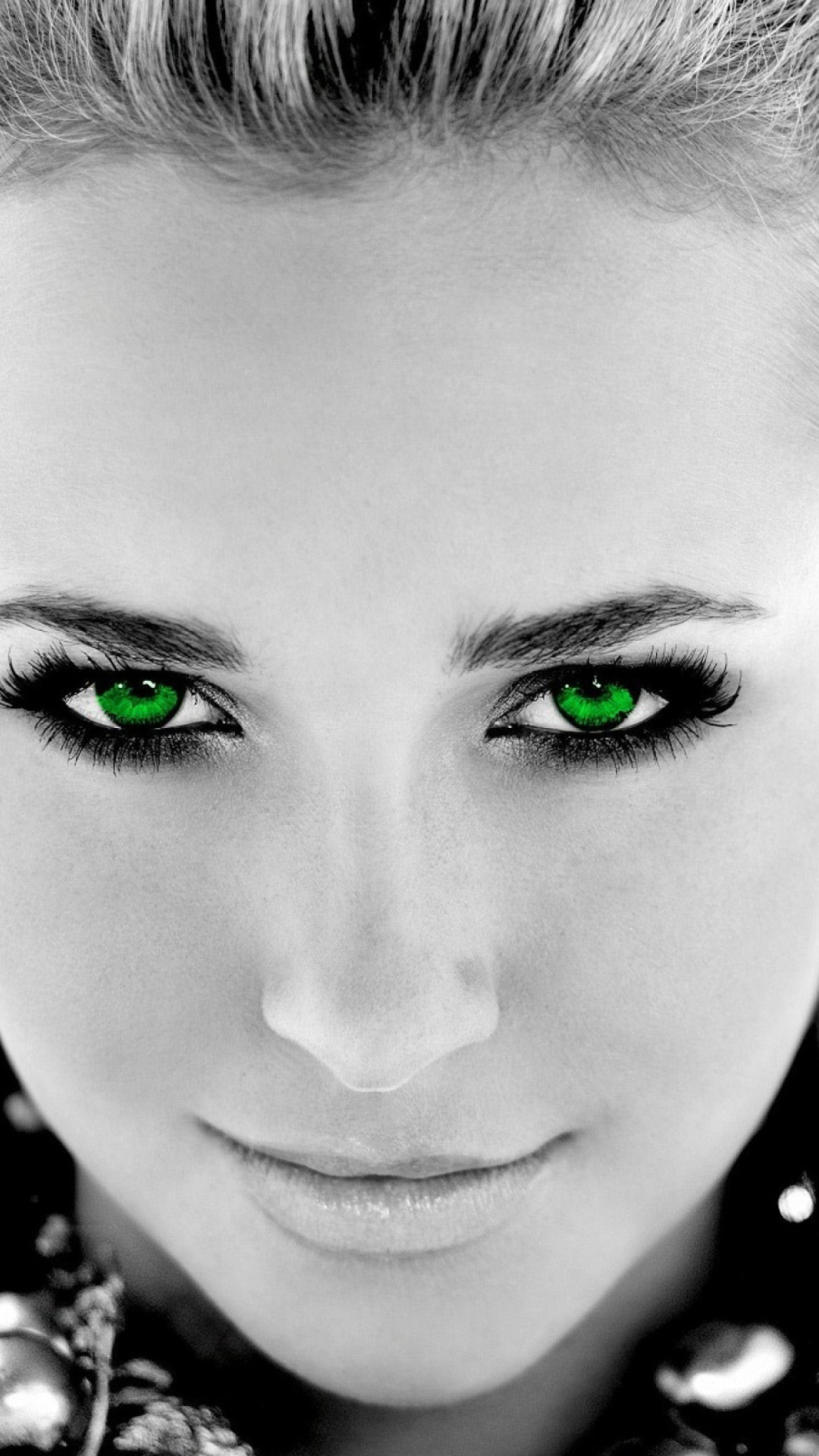 Photos of girls with black eyes