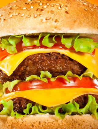 Kostenloses Double Cheeseburger Wallpaper für Nokia 5800 XpressMusic