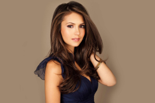 Most Beautiful Hollywood Actress Nina Dobrev Wallpaper for Fullscreen Desktop 1600x1200