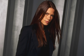 Free Rhona Mitra Picture for Android, iPhone and iPad