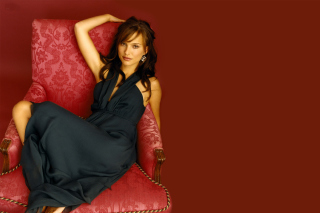 Natalie Portman Picture for Android, iPhone and iPad
