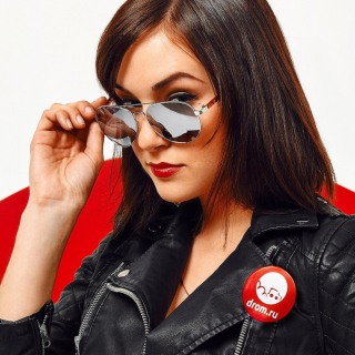 Sasha Grey in Sunglasses Wallpaper for iPad 3