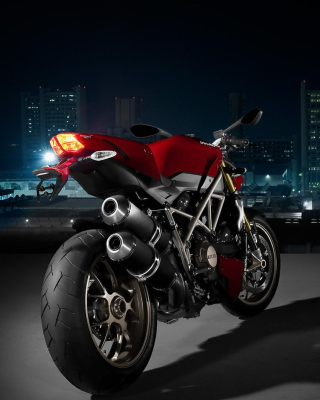 Free Ducati Streetfighter Picture for iPhone 5C