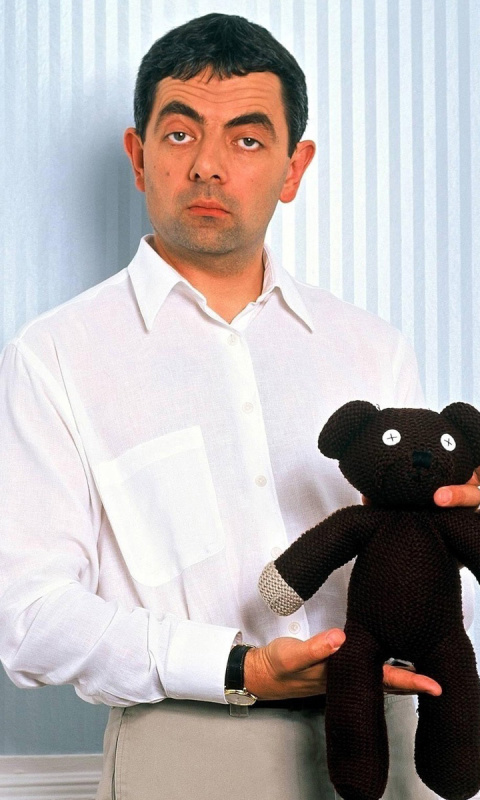 Screenshot №1 pro téma Mr Bean with Knitted Brown Teddy Bear 480x800