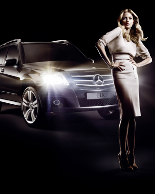 Mercedes Benz Fashion Week Advertising Background for Nokia C-5 5MP