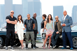 Fast And Furious 7 sfondi gratuiti per Motorola DROID 3