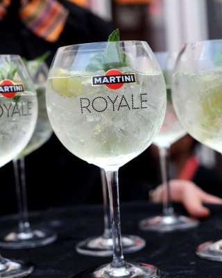 Martini Royale Background for 240x320