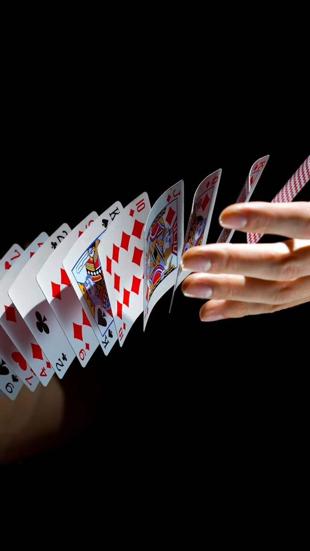 Screenshot №1 pro téma Playing cards trick 640x1136
