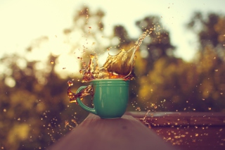 Coffee Splash Picture for Android, iPhone and iPad