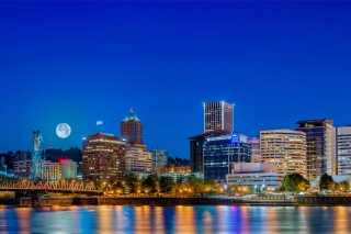 Night in Portland Oregon Background for Android, iPhone and iPad