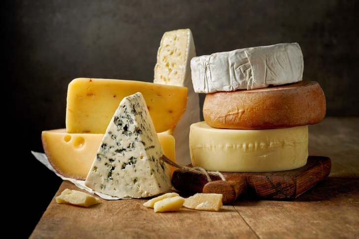 Dutch cheese wallpaper