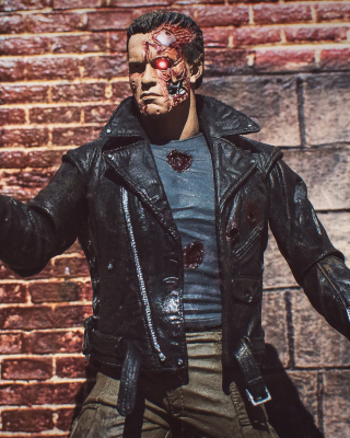 Terminator Toy Picture for 240x320