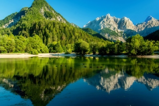 Lake Jasna, Slovenia sfondi gratuiti per cellulari Android, iPhone, iPad e desktop