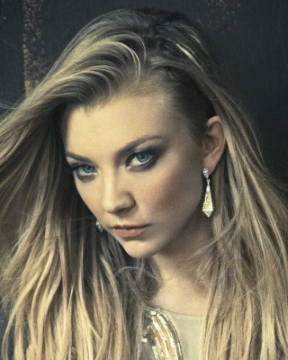 Natalie Dormer as Margaery Tyrell Background for Nokia C2-06