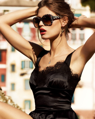 Dolce & Gabbana Designer Sunglasses Picture for HTC Titan
