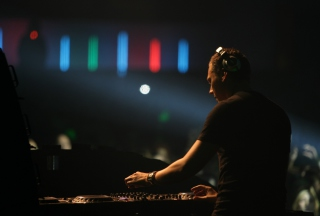 DJ Tiesto Background for Android, iPhone and iPad