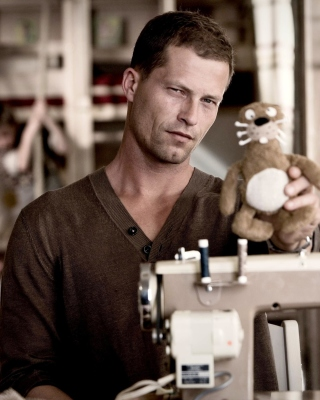 Til Schweiger Picture for Nokia C1-00