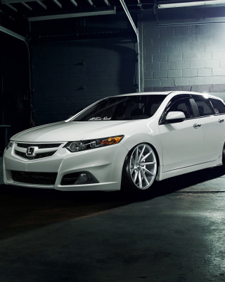 Free Honda Accord Wagon Tuning Picture for Nokia Lumia 1020