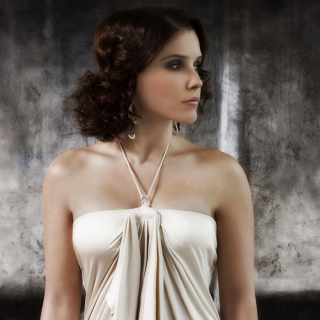 Sophia Bush from drama series One Tree Hill - Fondos de pantalla gratis para iPad 2