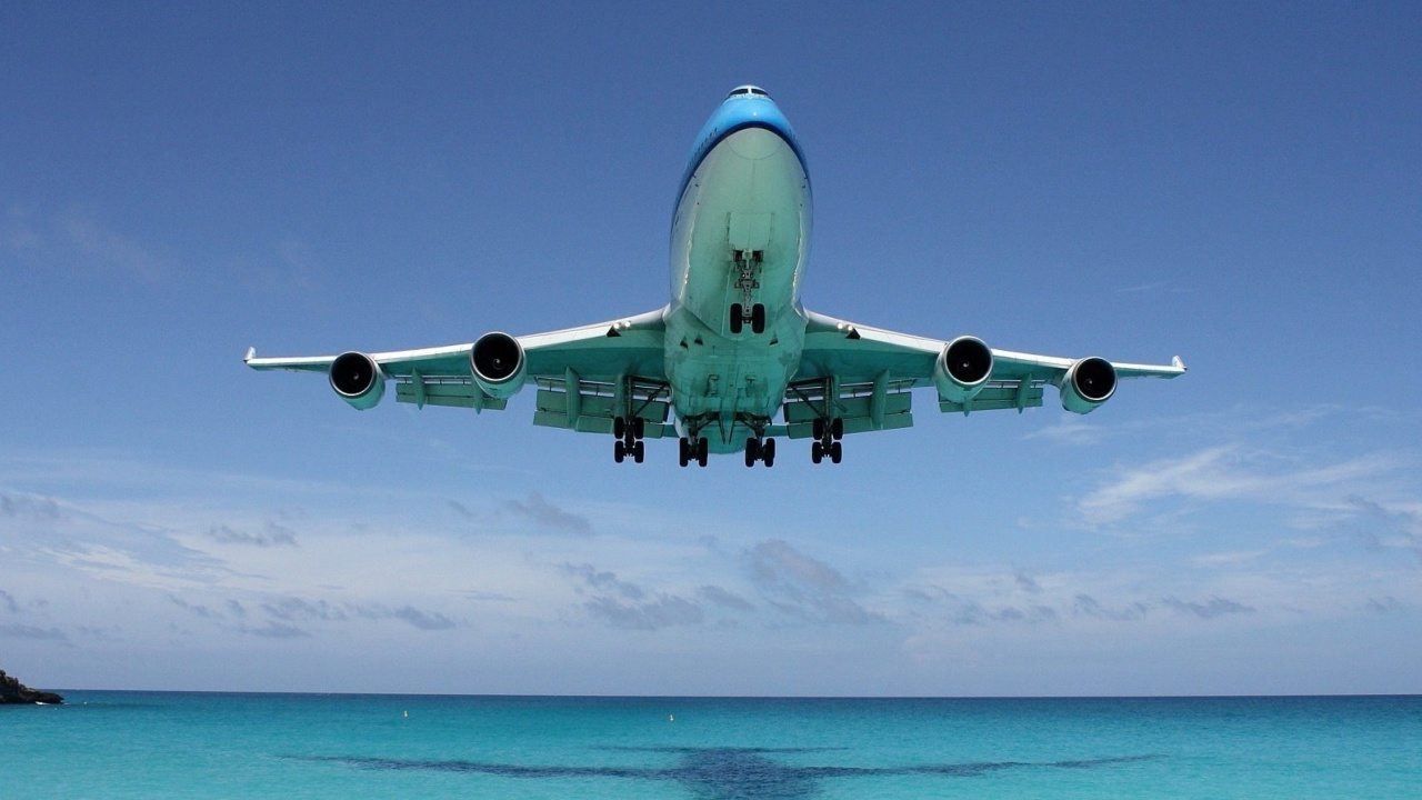 Screenshot №1 pro téma Boeing 747 in St Maarten Extreme Airport 1280x720