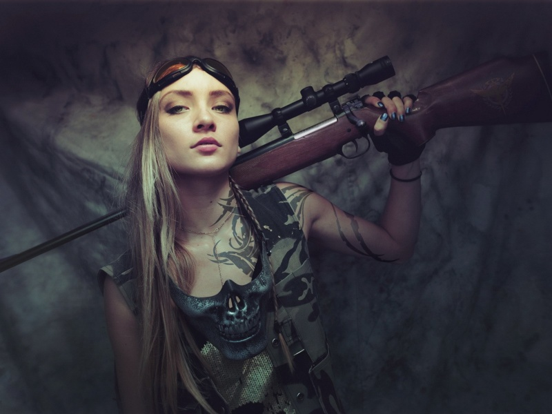 Soldier girl with a sniper rifle screenshot #1 800x600