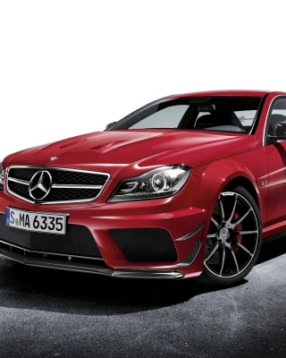 Mercedes C63 AMG Coupe sfondi gratuiti per iPhone 6 Plus